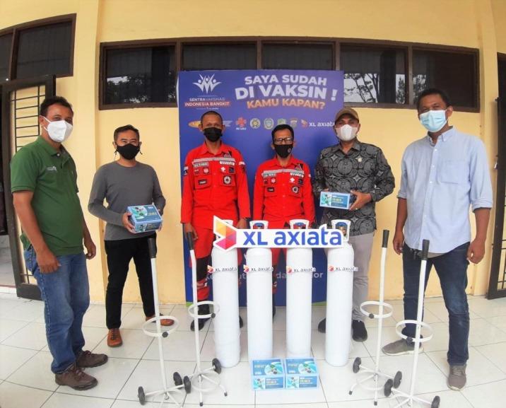 XL Axiata Salurkan Donasi Tabung Oksigen dan Regulator